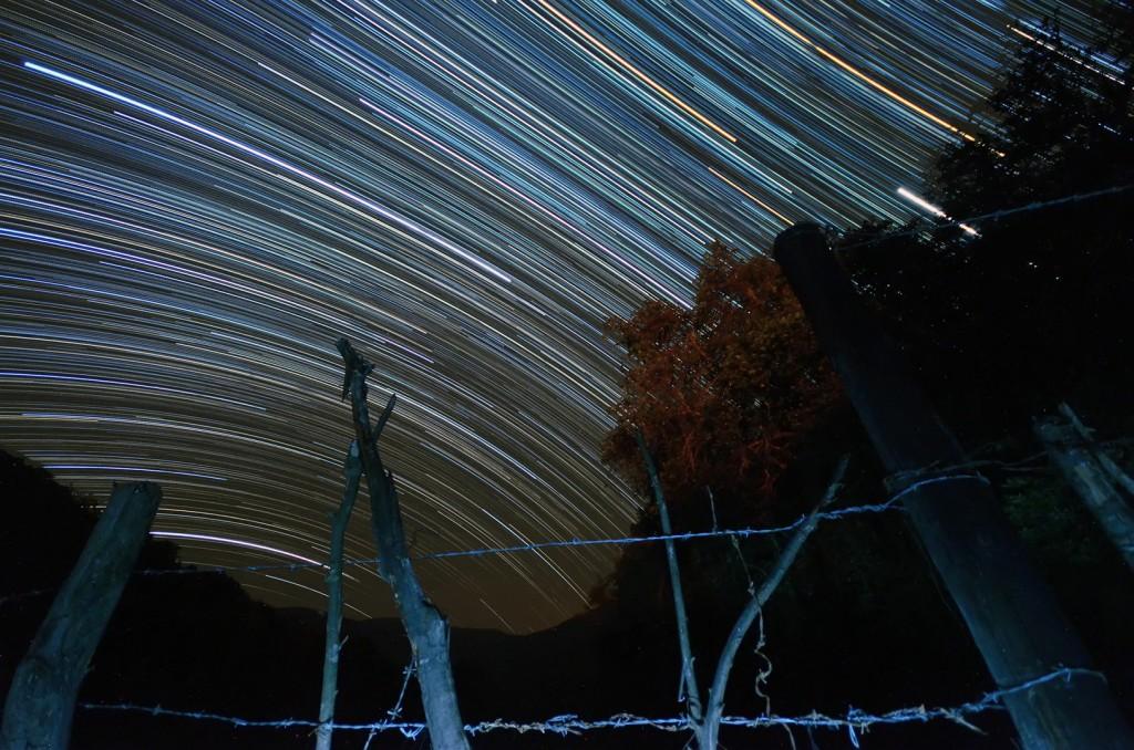 """""""Evidencia para Galileo"""" Rio Ayutla, Sierra Gorda de Querétaro Nikon D7000 @ 175 minutos (sumatorios), Sigma 10-20mm @ 10mm, ISO3200"""
