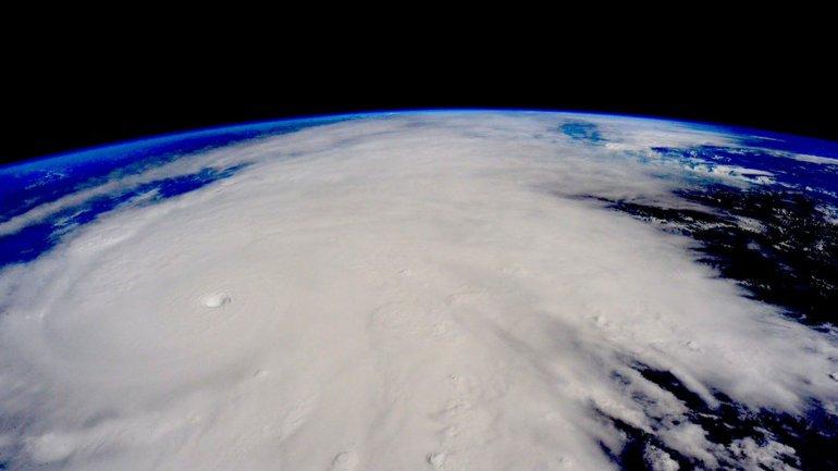 Foto de Scott Kelly, astronauta de la Estación Espacial Internacional.