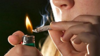 fumando-marihuana