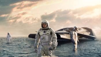 La nave espacial de Interestelar en el planeta de Miller [10] .